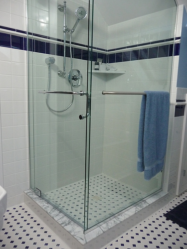 Walk in shower enclosures walk in enclosure home bedroom decor - Types of showers for your home ...